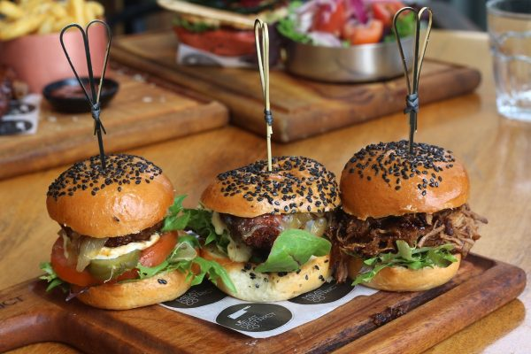 MDC's Mains Menu - Burgers Three Slider Flight