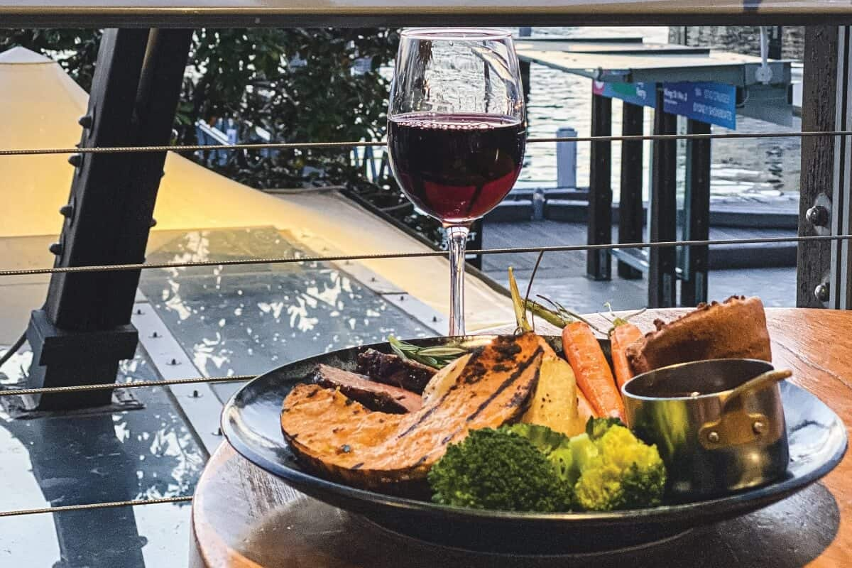 Sunday roasts on Darling Harbour at MDC